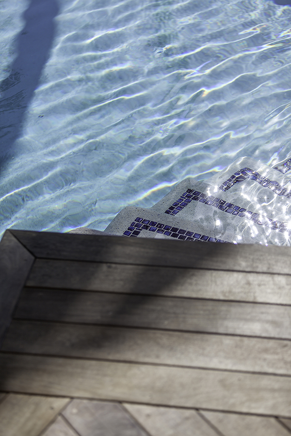 stairs pool s